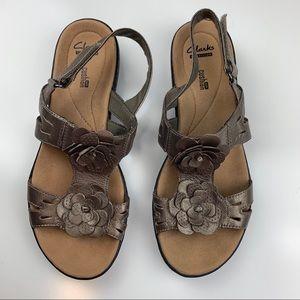 Clark's Soft Cushion Sandals size 8.5